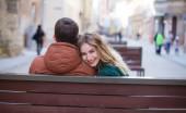 Jarak Umur Bukan Masalah Bila Sudah Cinta