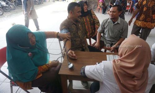 Marak Anggota KPPS Meninggal, Petugas Puskesmas Cek Kesehatan Dadakan