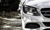 Warna Mobil Putih yang Tetap Kinclong