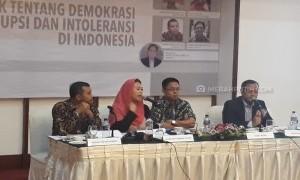 """Prabowo Dianggap Promosikan Khilafah, Sementara Jokowi Dianggap Keluarga PKI"""