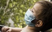 Bersiap untuk New Normal, ini Cara Membiasakan Anak Memakai Masker