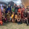 Orang Indonesia Ajarkan Warga Inggris Buat Lemper di Rice and Spice Festival
