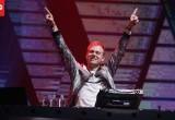 Armin van Buuren Sukses Hibur Penonton