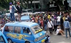 Mulai Besok, Angkot Cirebon Aksi Mogok Massal Selama Empat Hari
