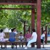 Tiongkok Terapkan Aturan Warga Belum Divaksin Dilarang Beraktivitas di Tempat Keramaian