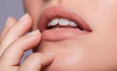 Cara Alami untuk Bibir Sehat Merona