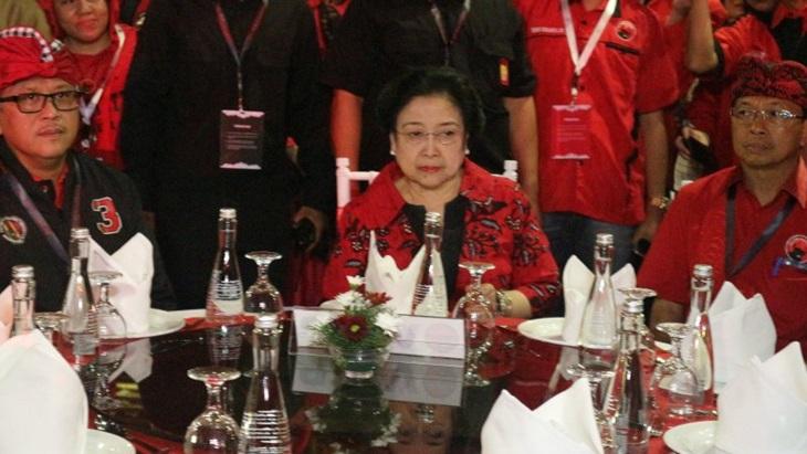 Megawati Minta Kader PDI Perjuangan Sambut Meriah Kedatangan Prabowo