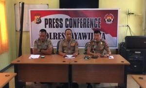 Gunakan Ular Untuk Interogasi Pencuri, Oknum Polisi Polda Papua Dikecam