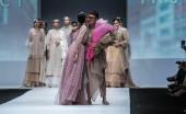 Barli Asmara akan 'Hadir' di Panggung Jakarta Fashion Week 2021