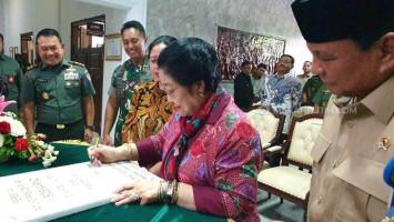 Resmikan Patung Sukarno di Akmil Magelang, Megawati Cerita Soal Pertanyaan Cucu-Cucu Sang Proklamator