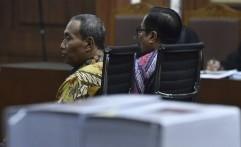 Irman dan Sugiharto Divonis 7 dan 5 Tahun Penjara dalam Korupsi e-KTP
