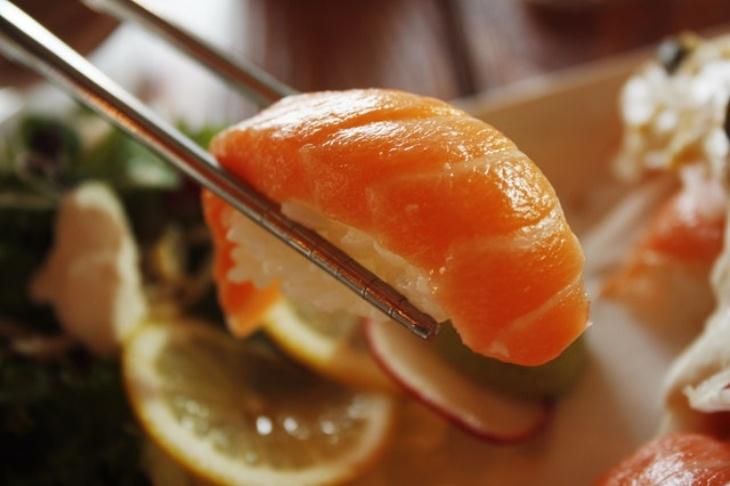 Begini Cara Benar Menikmati Sushi