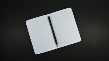 Latihan Menulis Tangan Banyak Manfaatnya