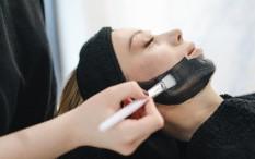 5 Efek Menggunakan Masker Setiap Hari, Apa Tuh?