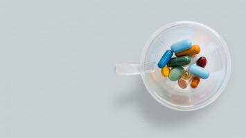 Vitamin Sebaiknya Dikonsumsi Pagi atau Malam Hari?