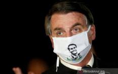 Wartawan Brazil Dikarantina Setelah Wawancarai Presiden Bolsonaro