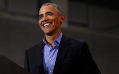 Barack Obama Rayakan 60 Tahun dengan Berdansa Semalaman