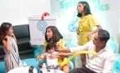 Ajak Keluarga Mampir ke Acquaree Spa Journey, Meisya Siregar: Berasa Kayak di Santorini!
