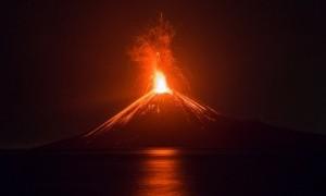 BNPB: Volume Gunung Anak Krakatau Menurun