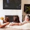 Tetap Seru Liburan di Rumah Bareng Keluarga dengan 4 Kegiatan ini