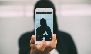 Perang iPhone dengan Android Belum Menunjukan Akhir
