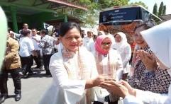 Kunjungi PAUD Putra Pertiwi Solo, Iriana Jokowi Ajak Anak-Anak Bernyanyi