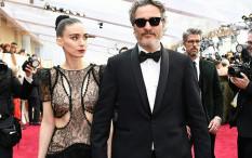Pesona Joaquin Phoenix Mulai dari Golden Globes hingga Oscar 2020