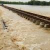 Sungai Cisanggarung Meluap, Jalur KA Cirebon-Purwokerto Ditutup