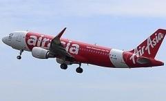 Pesawat AirAsia Mendarat Darurat Setelah Tabrak Burung Murai