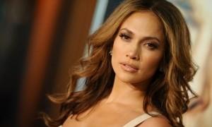 Jennifer Lopez Hingga Kini Masih Single