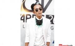 Ikut Pawai LGBT, Aming Dikecam Netizen