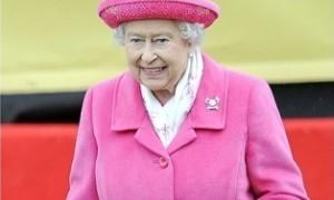 Ratu Elizabeth II Resmi Jadi Penguasa Inggris Terlama