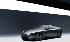 Aston Martin GT DB9 Mejeng di Goodwood Festival 2015