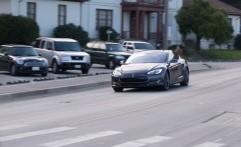 Tesla Insane dapat Melaju Secepat Roller Coaster