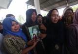 Duka Keluarga Korban Kapal Tenggelam Malaysia