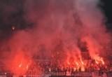 Suporter Bakar Kembang Api, Pertandingan Persija Vs Mitra Kukar Terganggu
