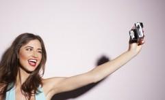 Waspada, Terlalu Sering Selfie Bisa Menurunkan Fungsi Otak