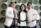 Kemenangan Rossa dan Afgan Raih Penghargaan Musik di Singapura