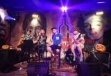 "Galeri Foto: ""Saint Loco Halloweencoustic"" di Clique Kitchen and Bar"