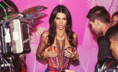 Gugup, Kendall Jenner Tampil Maksimal di Victoria Secret Fashion Show