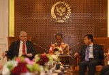 Suasana Pertemuan Setya Novanto dengan Ketua Senat Swiss