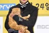 Tampannya Yoo Seung Ho di Konferensi Pers Drama 'Imaginary Cat'