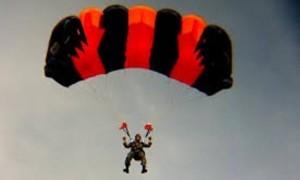 Angin Kencang Jadi Penyebab Tewasnya Dua Penerjun Payung Paskhas TNI AU