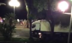 Video Detik-Detik Truk Maut Tabrak Puluhan Warga Nice