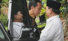 Prabowo Ungkap Alasan Sering Kritis Keras Jokowi