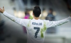 Cristiano Ronaldo Catat Gol ke-100 di Kompetisi Eropa