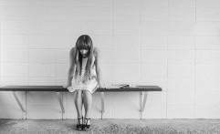 Berjuang Melawan Depresi, para Selebritas ini Berhasil Menyintas