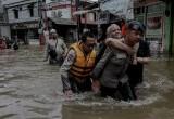 Tim SAR Gabungan Evakuasi Warga Korban Banjir