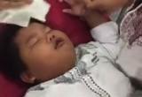 Lucu Banget, Bocah SD Pura-pura Pingsan Saat Akan Disunat