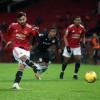 Tumbangkan Aston Villa, Manchester United Kuntit Liverpool di Puncak Klasemen
